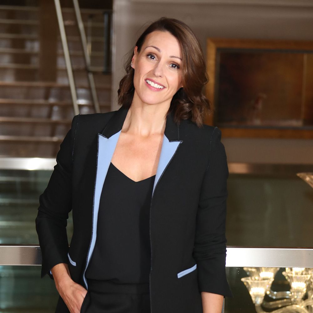 Suranne Jones shares total hair transformation snap from the salon