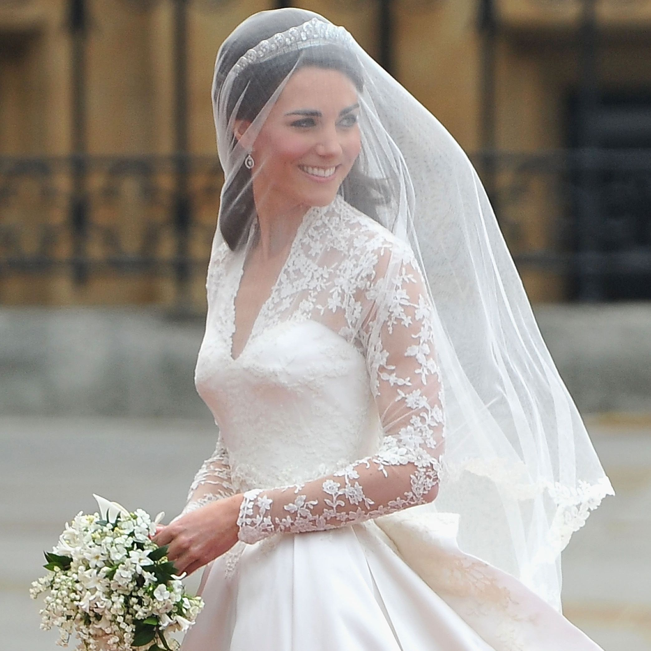 Kate Middleton S Wedding Dress Featured This Touching Detail