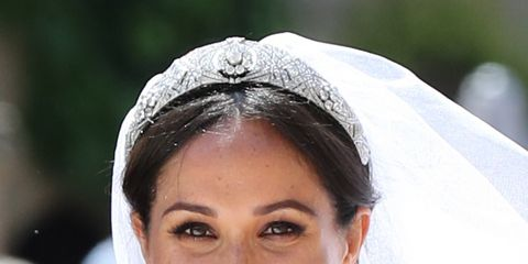 Hair, Headpiece, Hair accessory, Bridal veil, Veil, Bridal accessory, Eyebrow, Smile, Beauty, Hairstyle,