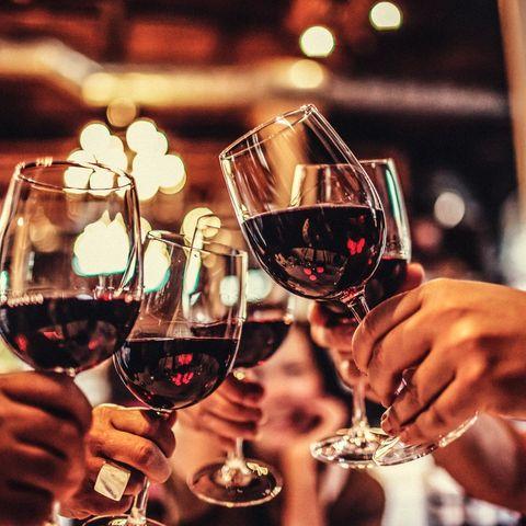 Stemware, Wine glass, Drink, Champagne stemware, Glass, Drinkware, Alcohol, Red wine, Wine, Alcoholic beverage,