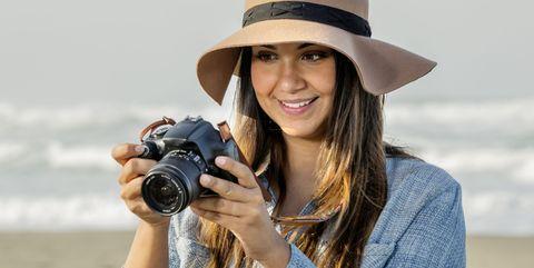 Photograph, Photographer, Camera lens, Cameras & optics, Digital camera, Camera, Beauty, Photography, Reflex camera, Single-lens reflex camera,