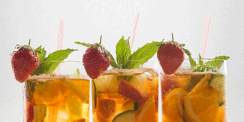 Drink, Cocktail garnish, Rum swizzle, Food, Pimm's, Juice, Non-alcoholic beverage, Mai tai, Strawberries, Iced tea,
