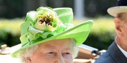 Green, Hat, Headgear, Fashion accessory, Costume hat, Smile, Saint patrick's day, Fedora, Sun hat,
