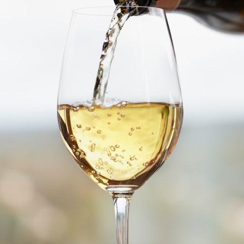 Champagne stemware, Stemware, Drink, Wine glass, Champagne cocktail, Glass, Alcohol, Alcoholic beverage, Wine, Drinkware,