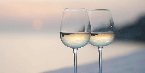 Stemware, Glass, Wine glass, Water, Champagne stemware, Drinkware, Blue, Transparent material, Sky, Drink,