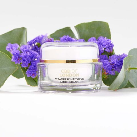 Product, Violet, Purple, Flower, Lilac, Lavender, Plant, Petal, Perfume, Candle,