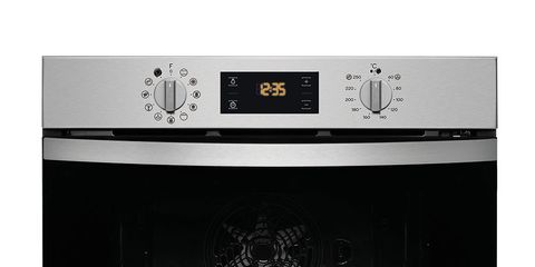 Kitchen appliance, Oven, Microwave oven, Home appliance, Kitchen stove, Cooktop, Room,