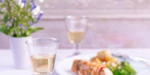 Serveware, Dishware, Food, Cuisine, Drinkware, Stemware, Glass, Tableware, Table, Drink,