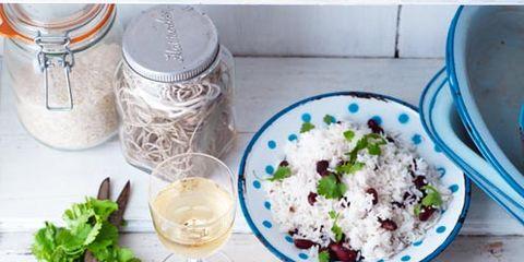 Dishware, Food, Serveware, Ingredient, Steamed rice, Porcelain, Meat, Tableware, Cuisine, Meal,