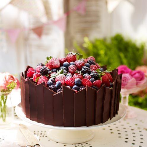 Chocolate And Fruit Decoration Cake Decoration