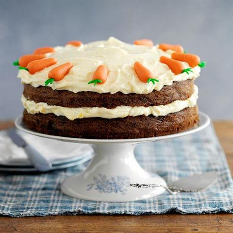 Deluxe Carrot Cake