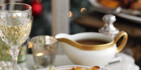 Serveware, Dishware, Drinkware, Food, Cuisine, Tableware, Stemware, Ingredient, Glass, Plate,