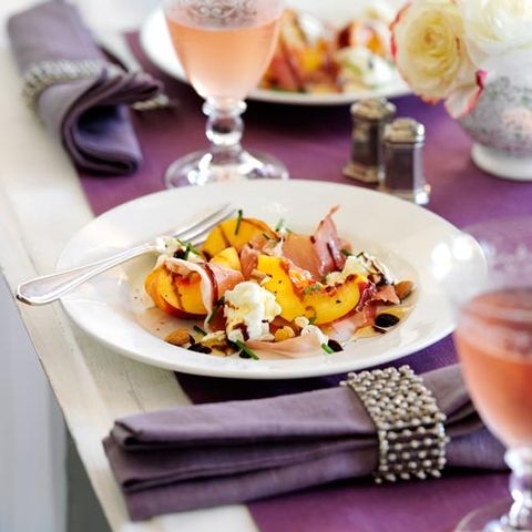 Serveware, Drinkware, Food, Dishware, Drink, Tableware, Stemware, Barware, Alcoholic beverage, Cuisine,