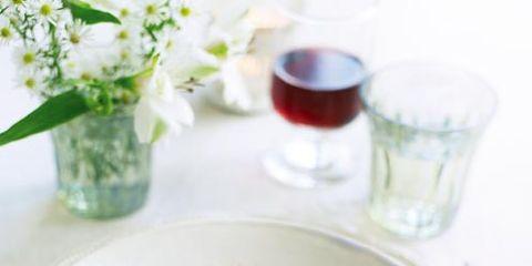 Serveware, Dishware, Green, Cuisine, Food, Dish, Table, Drinkware, Tableware, Plate,
