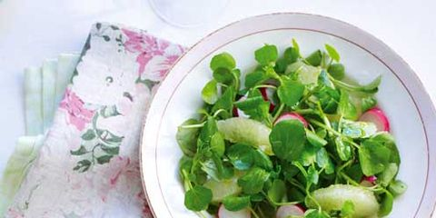 Food, Dishware, Vegetable, Leaf, Ingredient, Leaf vegetable, Tableware, Produce, Root vegetable, Plate,