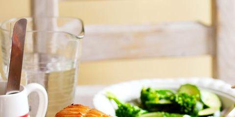 Food, Cuisine, Drinkware, Ingredient, Dishware, Serveware, Tableware, Leaf vegetable, Beef, Pork,