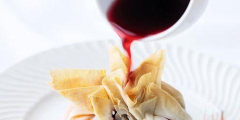 Dishware, Food, Serveware, Tableware, Ingredient, Stemware, Drink, Barware, Drinkware, Cuisine,