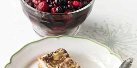 Food, Cuisine, Serveware, Dishware, Ingredient, Tableware, Dessert, Fruit, Dish, Plate,