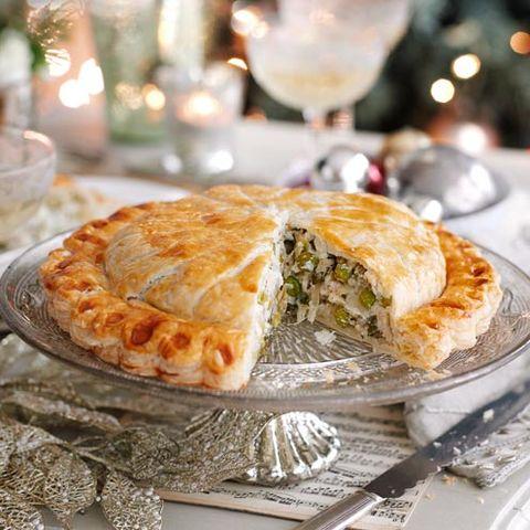 Christmas vegetarian pie - pea pithvier