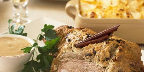 Serveware, Food, Beef, Dishware, Ingredient, Tableware, Cuisine, Meal, Dish, Meat,