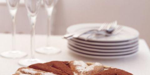 Serveware, Cuisine, Food, Dishware, Baked goods, Dish, Plate, Glass, Ingredient, Stemware,