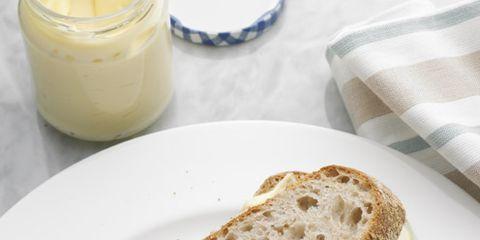 Bread, Food, Baked goods, Ingredient, Breakfast, Finger food, Gluten, Loaf, Snack, Whole wheat bread,
