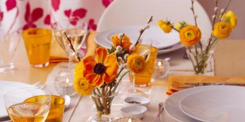 Serveware, Drinkware, Dishware, Food, Tableware, Drink, Stemware, Table, Cuisine, Flower,