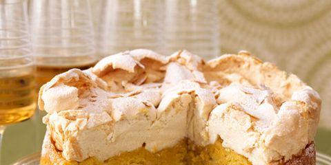 Serveware, Food, Cuisine, Dishware, Dessert, Drink, Baked goods, Ingredient, Tableware, Dish,