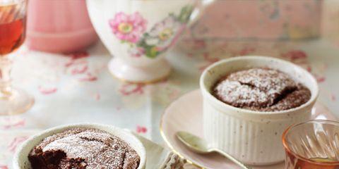 Serveware, Coffee cup, Drinkware, Dishware, Cup, Drink, Tableware, Barware, Stemware, Glass,