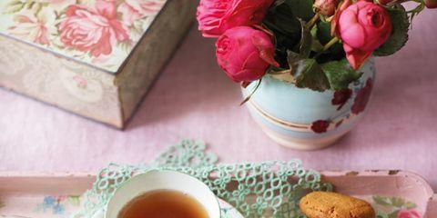 Serveware, Dishware, Drinkware, Finger food, Flowerpot, Cup, Ingredient, Food, Drink, Tableware,