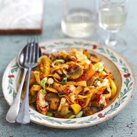 best chicken pasta recipes chicken and pepper pasta