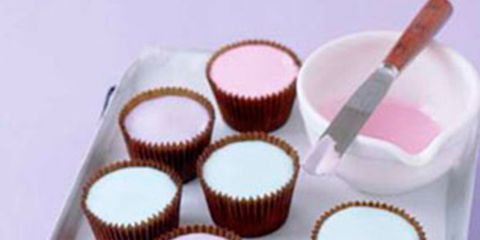 Food, Sweetness, Dessert, Baking cup, Ingredient, Recipe, Confectionery, Baked goods, Snack, Cake,