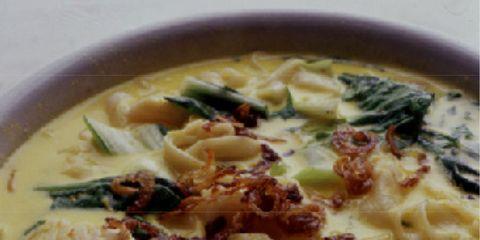 Food, Cuisine, Dish, Recipe, Ingredient, Comfort food, Breakfast, Soup, Leaf vegetable, Italian food,