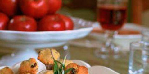 Food, Produce, Cuisine, Tableware, Tomato, Take-out food, Ingredient, Dishware, Serveware, Dish,