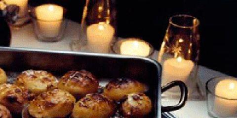 Lighting, Serveware, Food, Cuisine, Ingredient, Dish, Tableware, Candle, Recipe, Finger food,