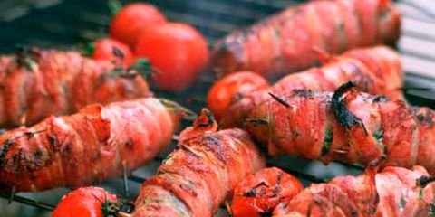 Food, Barbecue grill, Barbecue, Roasting, Cooking, Grilling, Cuisine, Recipe, Dish, Grey,