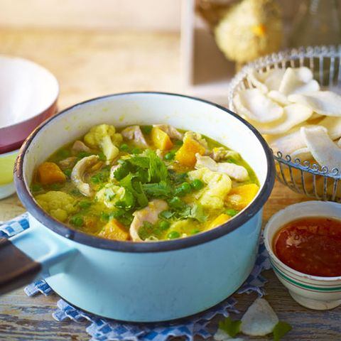 Yellow chicken curry recipe