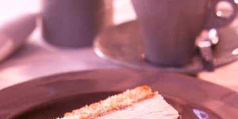 Serveware, Dishware, Food, Cuisine, Ingredient, Dessert, Baked goods, Tableware, Plate, Dish,