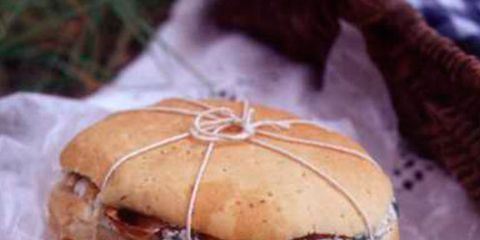 Sandwich, Cuisine, Food, Finger food, Baked goods, Red, Dish, Ingredient, White, Bun,