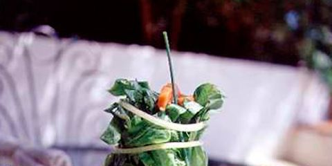 Dishware, Food, Cuisine, Tableware, Ingredient, Serveware, Culinary art, Recipe, Garnish, Dish,