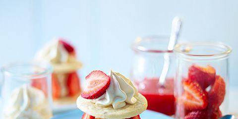 Serveware, Dishware, Food, Cuisine, Ingredient, Sweetness, Produce, Fruit, Dessert, Tableware,