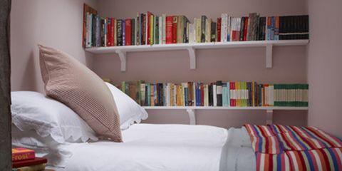 Room, Interior design, Textile, Bedding, Linens, Bed, Wall, Furniture, Bedroom, Shelf,