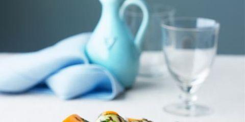 Serveware, Food, Dishware, Cuisine, Drinkware, Ingredient, Produce, Vegetable, Tableware, Leaf vegetable,
