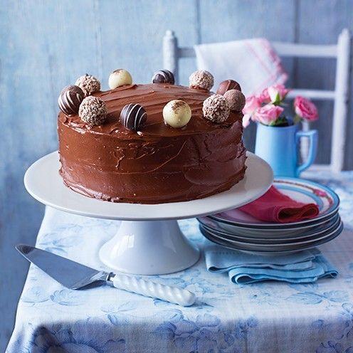 Easy way to make chocolate fudge cake recipe uk