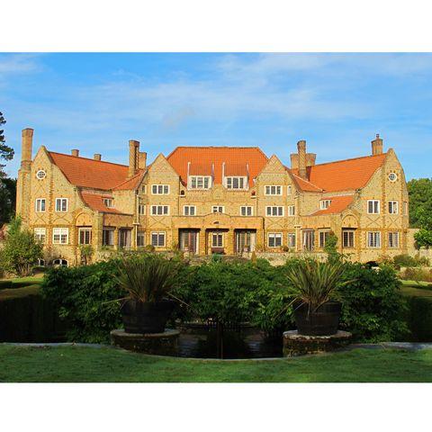 Window, Property, Building, House, Facade, Real estate, Garden, Manor house, Shrub, Home,