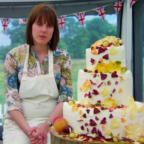 Sweetness, Cuisine, Food, Cake, Dessert, Ingredient, Baked goods, Cake decorating, Bangs, Cake decorating supply,