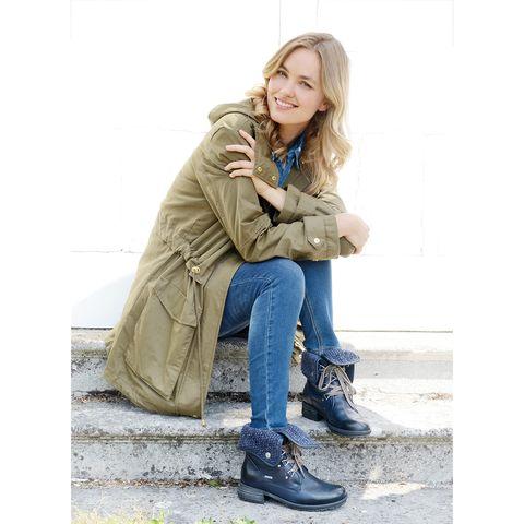 Footwear, Trousers, Denim, Textile, Shoe, Jeans, Outerwear, Coat, Style, Jacket,