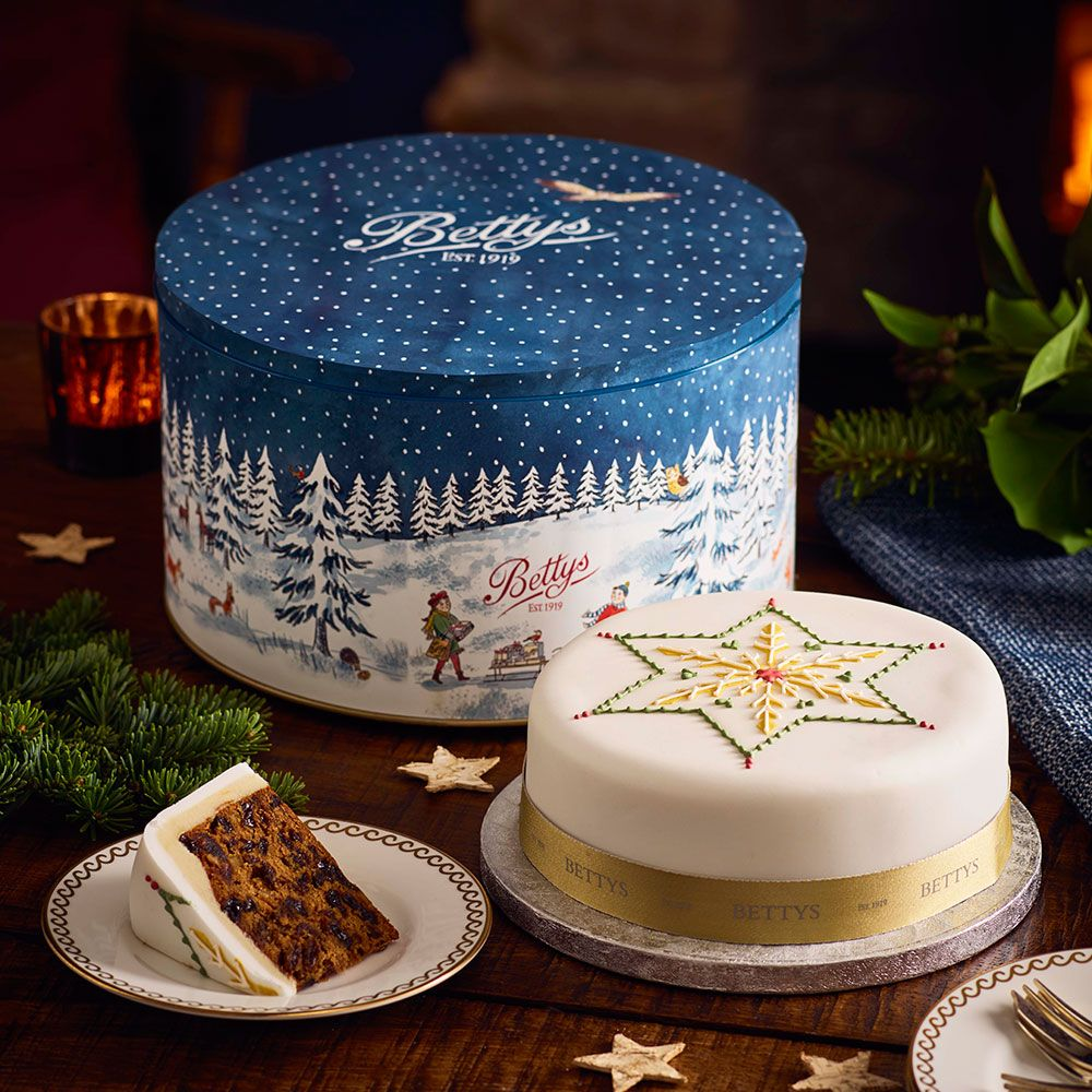Marks and spencer xmas cakes gifts