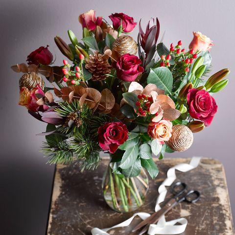 Bouquet, Petal, Flower, Cut flowers, Floristry, Pink, Flower Arranging, Flowering plant, Centrepiece, Floral design,