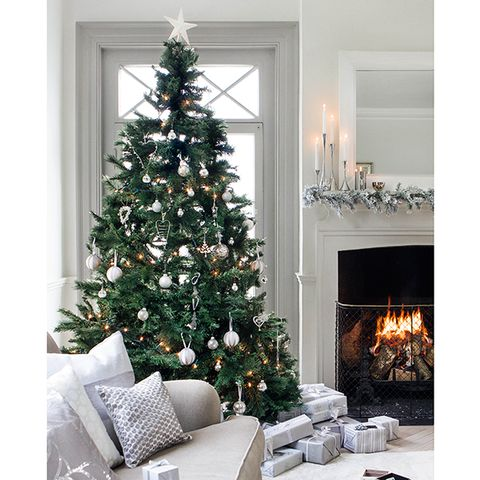 Room, Interior design, Green, Home, Property, Christmas decoration, White, Hearth, Christmas tree, Interior design,